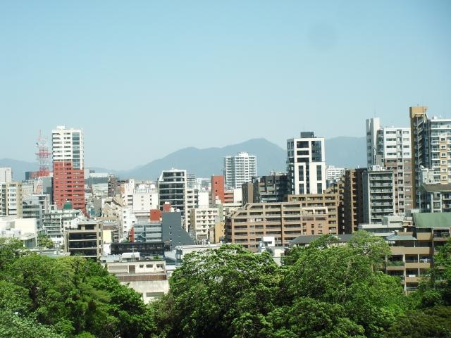 福岡の街並